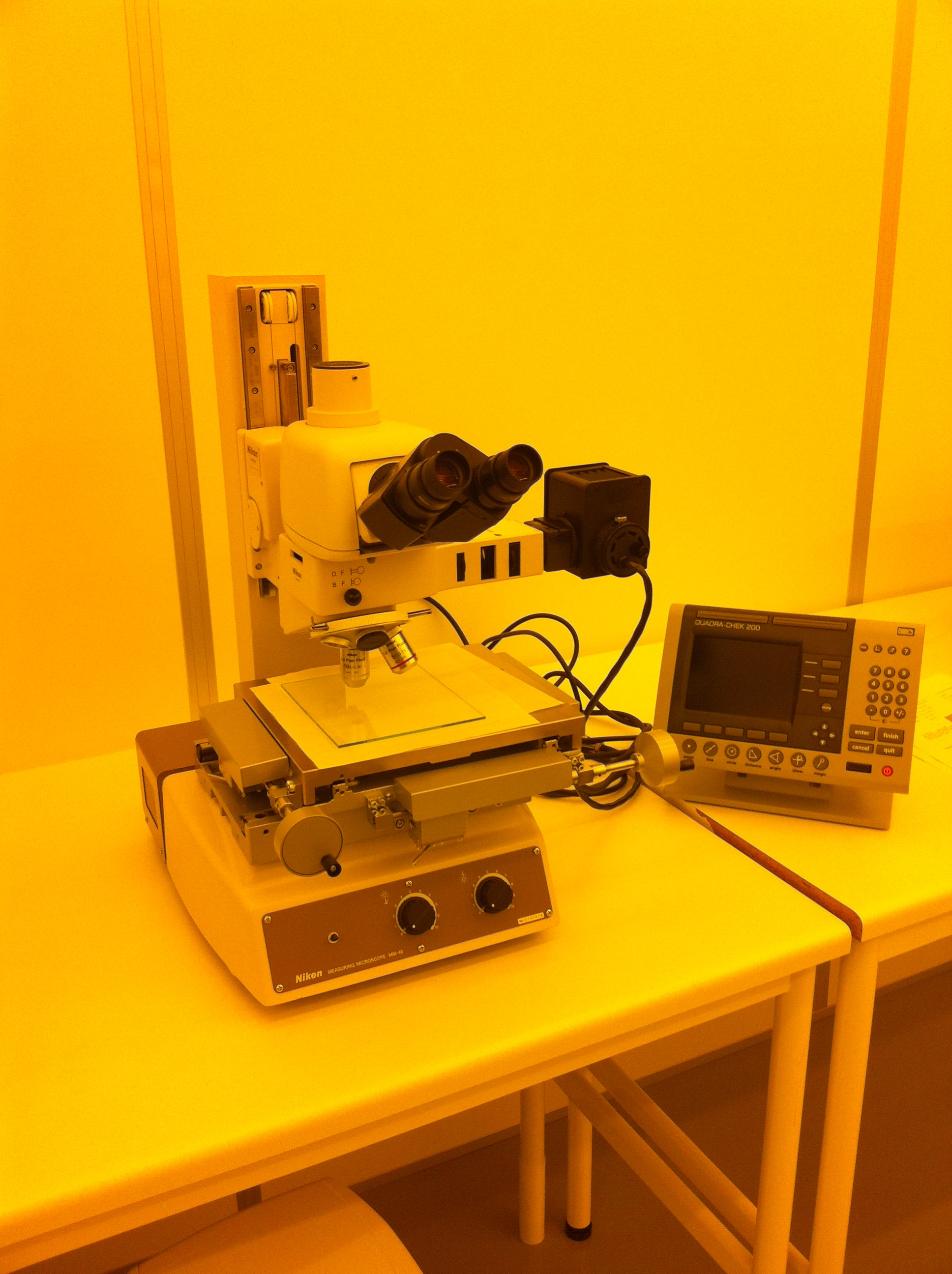 Picture of Measuring  Microscope with Digital Readout